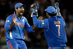 India beat Pakistan, enter World Cup final