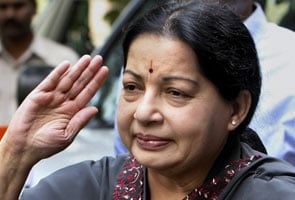 Jayalalithaa meets PM, DMK watches closely