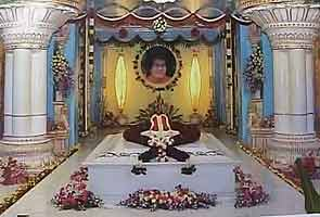 New Sai Baba maha-samadhi provokes hope, devotion
