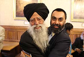 Fauja Singh: Marathoner, poster boy, 100 yrs old