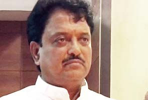 Deshmukh takes charge as Science and Technology Minister