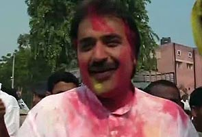 Hisar by-poll: Kuldeep Bishnoi wins; Team Anna says defeat a lesson for Congress