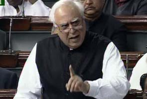 Lokpal Bill debate: What Sushma, Sibal, Mulayam said