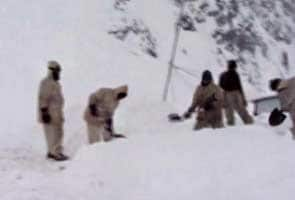 Major avalanches in Kashmir; 19 soldiers dead, 3 still trapped