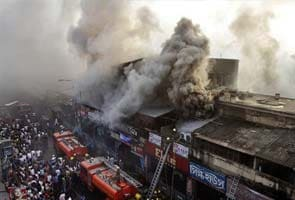 Massive fire at Kolkata's Hatibagan market destroys many shops