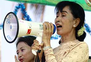 Ailing Suu Kyi curbs election campaign in Myanmar