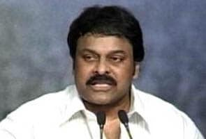 Chiranjeevi to strive for Congress' victory in Andhra by-polls