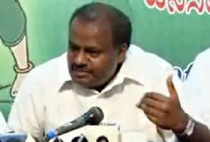 High Court notice to Lokayukta, Kumaraswamy case adjourned to April 20