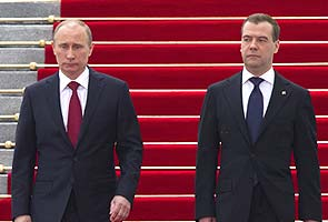 Russia to confirm Medvedev as Putin's premier