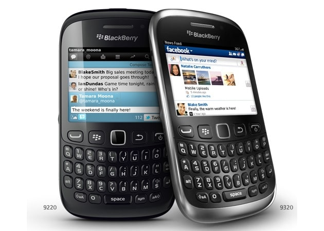 BlackBerry Curve 9320 vs BlackBerry Curve 9220