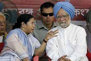 Mamata Banerjee hints at snap polls; Congress says UPA 2 will complete its full term