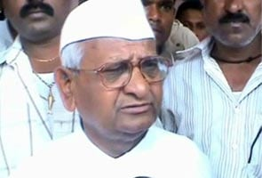 Manmohan Singh is a good man, but controlled by remote: Anna Hazare