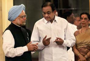Cabinet reshuffle: P Chidambaram back as Finance Minister, Sushil Kumar Shinde gets Home