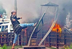 Have you seen the rioters who vandalised the Amar Jawan memorial?