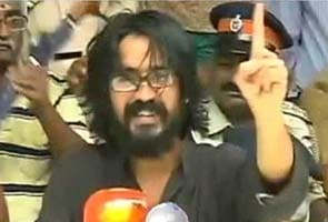 Cartoonist Aseem Trivedi held on sedition charge for 'mocking the constitution'