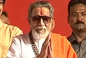 Sushma Swaraj 'deserving' choice for PM's post: Bal Thackeray