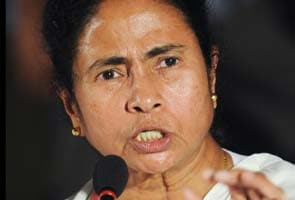 Phone was tapped, says Mamata; not true, says centre
