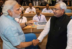 Nitish Kumar vs Narendra Modi heats up for Gujarat elections