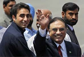 Setback for Asif Ali Zardari, graft cases against him to be reopened
