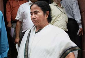 Mamata Banerjee sets 72-hour deadline to withdraw decision on FDI, diesel price hike