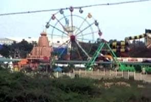 Air-hostess dies, thrown off amusement park ride near Chennai