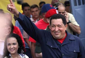 Hugo Chavez wins re-election in Venezuela defeating Henrique Capriles