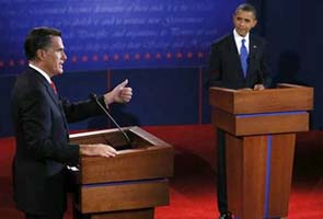 Pew poll finds Mitt Romney slips ahead of Barack Obama after debate
