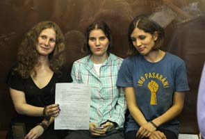 Russian judges defend ruling in Pussy Riot trial