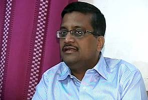 One person arrested for threat calls to Ashok Khemka