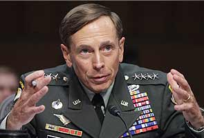 Senators seek David Petraeus testimony on Benghazi attack