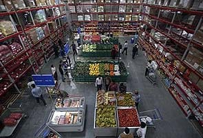 Government obliged to seek vote on FDI in retail, says opposition; DMK opts for 'suspense'