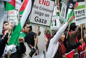 Hundreds protest outside Israeli embassy in London, condemn Gaza violence