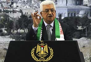 Mahmoud Abbas tells Barack Obama he'll seek Palestinian UN upgrade, defying US