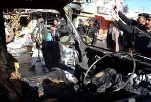 Pakistan attacks kill 10 on eve of summit