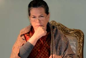 At Congress meet, Sonia Gandhi backs reforms, party worried about LPG policy