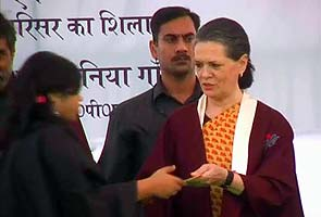 Sonia Gandhi's fashion tips to NIFT students