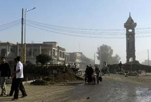 Syrian rebels fire at, miss Bashar al-Assad's palace