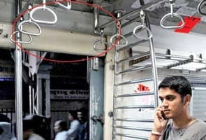 23 lakh to add correct route maps in Mumbai local trains