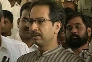 Amid concerns about Bal Thackeray's health, Uddhav meets Shiv Sena legislators