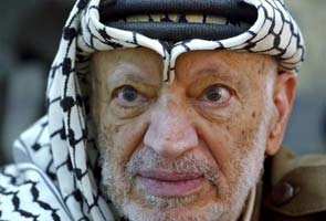 Experts exhume remains of Palestinian leader Yasser Arafat