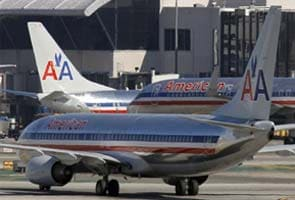 Big airlines suspend New York flights for a day