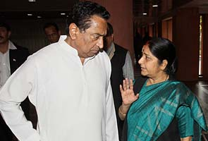 Kamal Nath meets Sushma Swaraj, Arun Jaitley in a bid to end Parliament logjam on FDI in retail