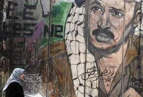 Experts to exhume Yasser Arafat, seek evidence of poison
