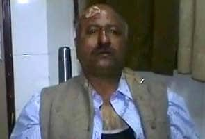 NDTV reporter attacked for protecting girl from drunk men