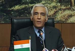 'Amanat' case: Delhi's Lt Governor passes the buck, rules out resignation of top cop