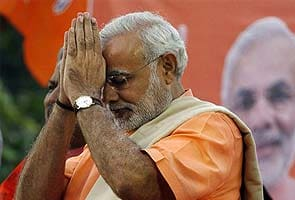 Speech in Hindi, eye on Delhi? Forgive any mistakes, says Narendra Modi