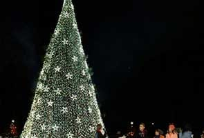 US President Barack Obama lights National Christmas Tree