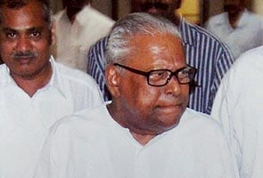 Kerala government in no hurry in VS Achuthanandan case