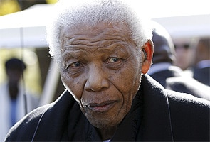 Nelson Mandela faces more tests in hospital after 'good night's rest'