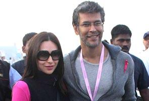 Pinkathon debuts in Mumbai, thousands run for breast cancer awareness